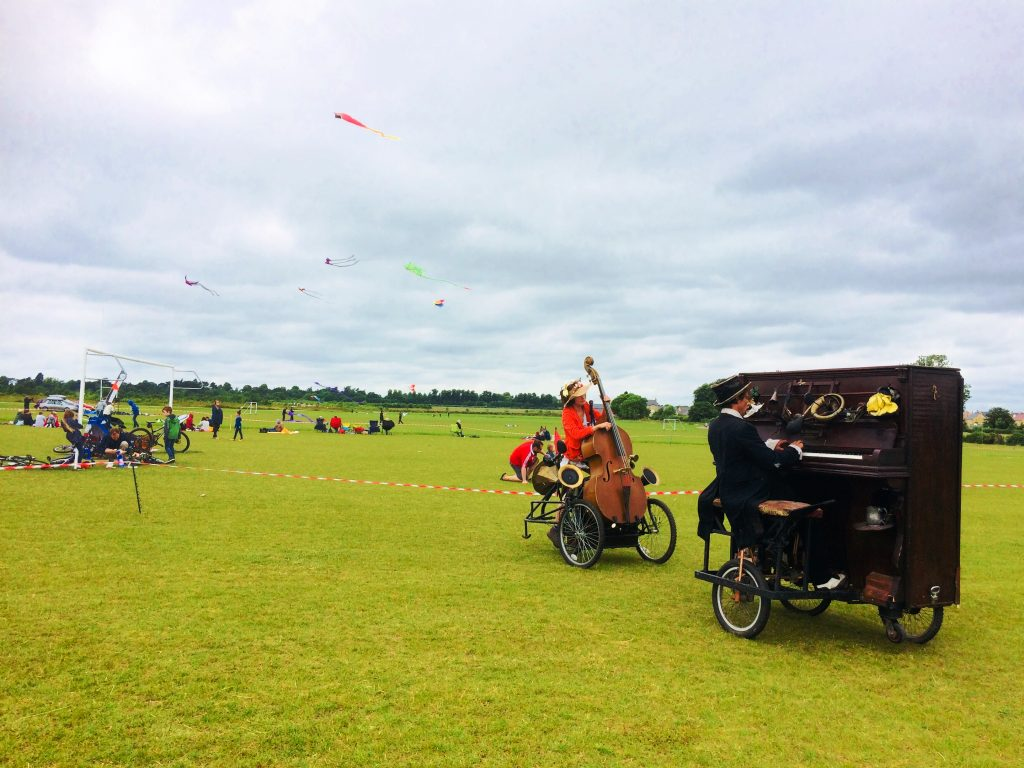 Kites at Whiteland field